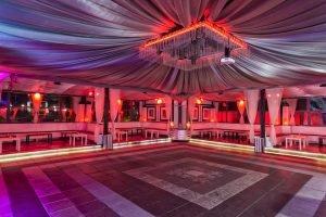 locale con piscina e sala per feste private roma