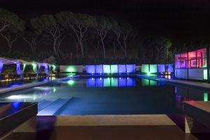 locale con piscina per feste notturne roma